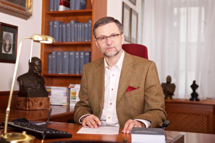 Voda na severu Čech: Anti-politici veřejně popravili občany dvou krajů