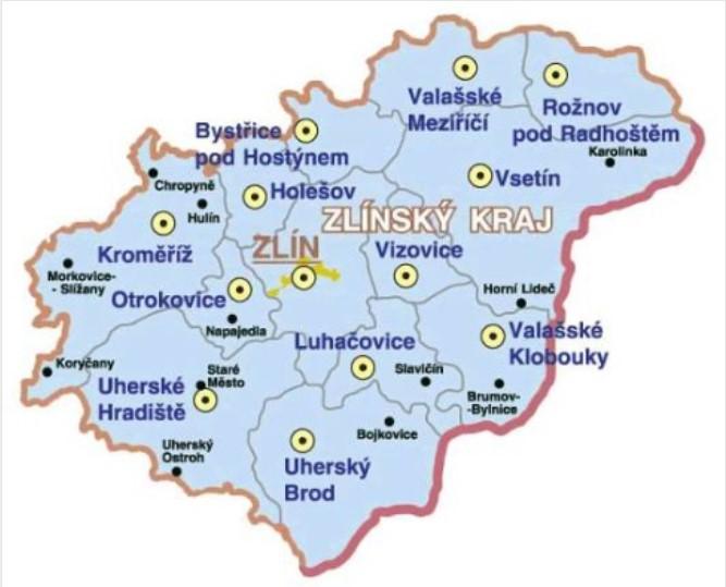 """Voda je strategická surovina, pokud nás chtějí kandidáti zastupovat, tak na tuto otázku musí mít názor a ten chceme znát ještě před volbami. Zlínský kraj má cca 583.698 obyvatel. Z toho region Zlína má cca 192 849 obyvatel, z toho přibližně polovina jsou případní voliči. V kraji působily do roku 2004 čtyři vodárny v rukou měst. Vak Kroměříž, Vak Vsetín, Vak Zlín a Slovácký Vak. Měly v rukou vše potřebné pro správu monopolu vody. Realita ukazuje, že mezi politiky jsou i """"nominanti"""" finančních skupin, oligarchů a různých koncernů, kteří zájmy občanů a státu nehájí. V roce 2004 vodárna Zlín přišla o monopol správy vody ve Zlíně, když vyvrcholil organizovaný protiprávní komplot politiků Zlína, vedení vodárny Zlín a organizované skupiny nájezdníků, kterým byla správa vody z části bezúplatně vyvedena, z části prodána nebo pronajata koncernu, který tím ovládl vše, co generuje zisky z vody a je potřebné pro správu monopolu vody v regionu. Z Vaku Zlín se stala formální slupka s jedním zaměstnancem a 13 lidmi v orgánech, kteří léta inkasující nehorázné odměny za krytí protiprávního jednání a stavu. Po vydání pravomocných rozsudků v roce 2016 jim """"politici"""" Zlína zvedli odměny za to, že dál udržují monopol vody v rukou koncernu. Jejich již tak nehorázné odměny vzrostly o další milióny."""