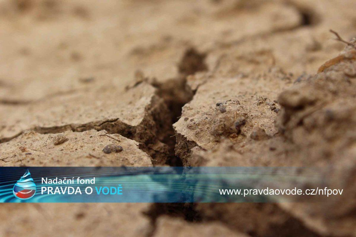 Jak souvisí řešení sucha, zadržení vody a stav infrastruktury a odtok peněz z vodného a stočného do ciziny?