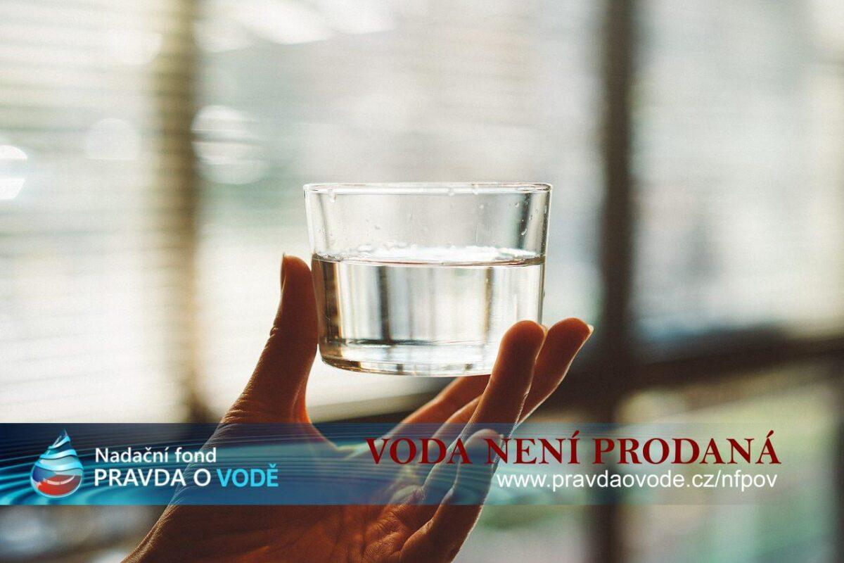 Pozor, voda není prodaná. Z 90% nejsou prodané ani vodárenské trubky…